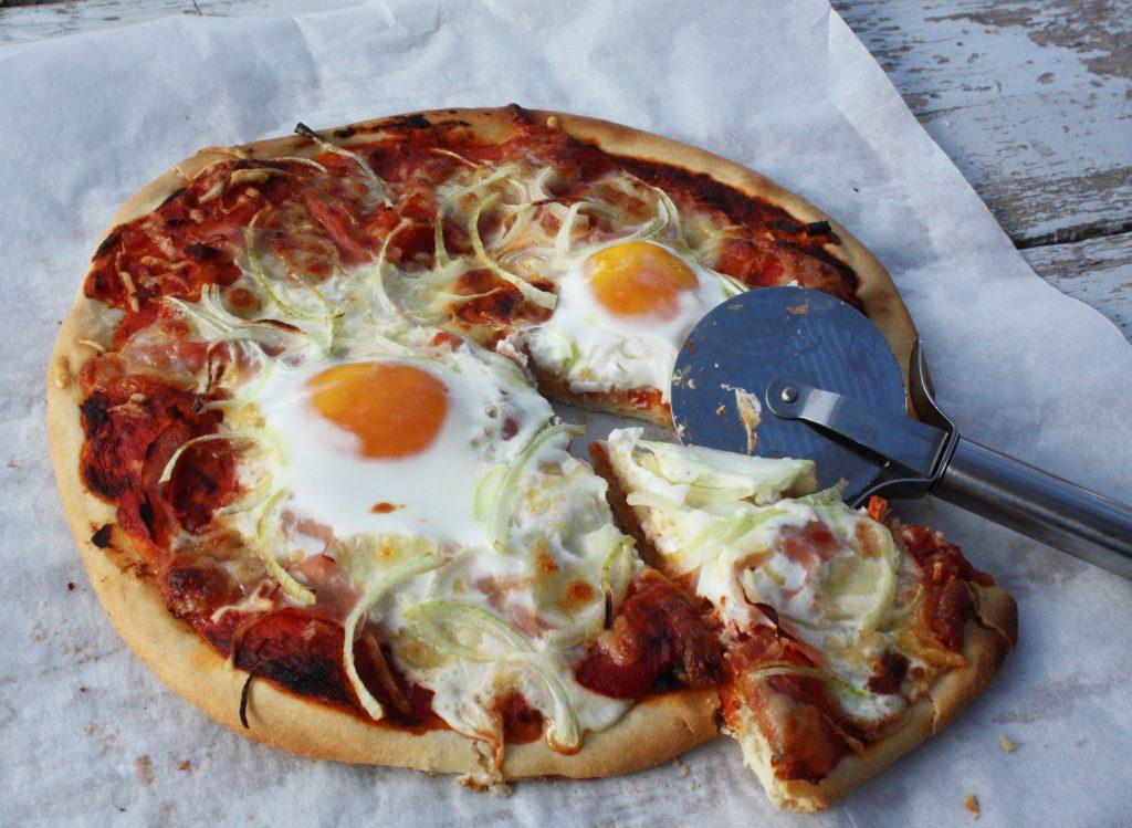pizza-ham-ei-en-ui